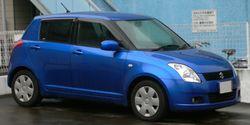 2004 Suzuki Swift 01.jpg